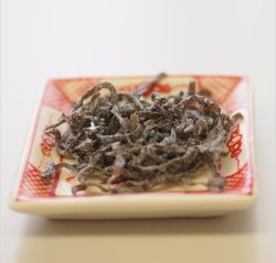 画像1: 送料無料 業務用 さざなみ(塩吹昆布) 1kg (安田のつくだ煮)